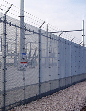 Hog Wire and metal fence