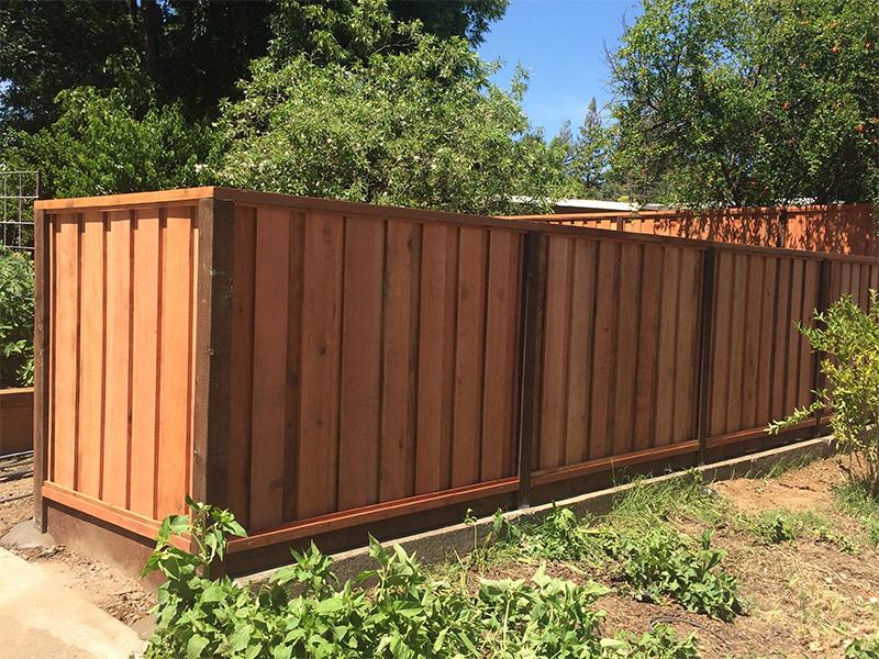 Ubi Fence Redwood 187 Board On Board